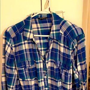 Plaid long sleeve shirt.